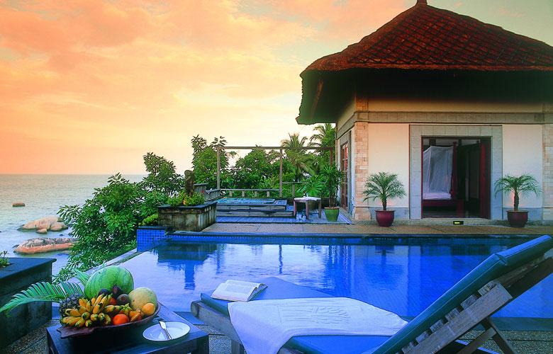 an oasis of peace banyan tree bintan. Black Bedroom Furniture Sets. Home Design Ideas