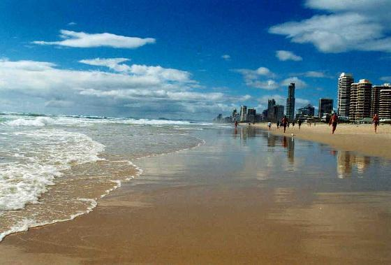 Gold coast is the place for golden vacations for Beach house designs gold coast