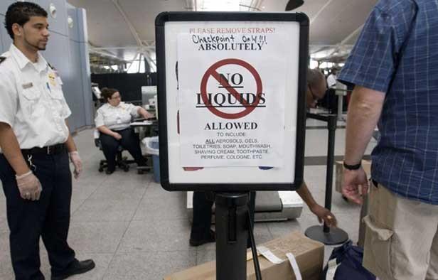 No-liquids-at-airport