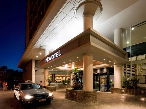 The ultimate serenity at novotel perth hotel langley for Serenity house perth