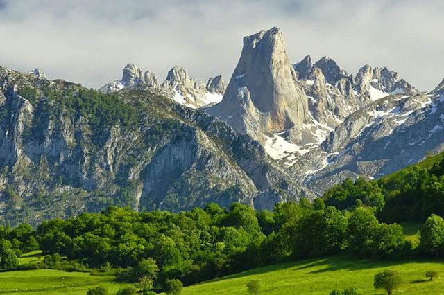 Picos-de-Europa-Mountains-Spain