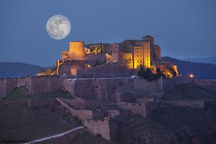 Romantic view of Relais Castello Bevilacqua Hotel Italy
