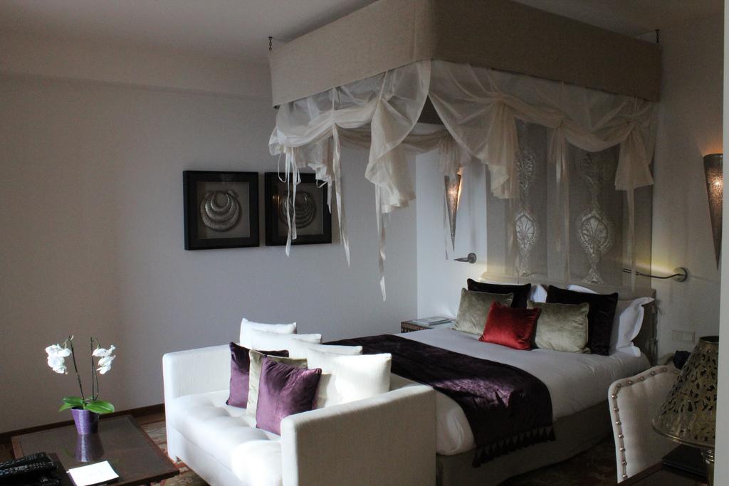 Tiara Yaktsa Cannes France bedroom