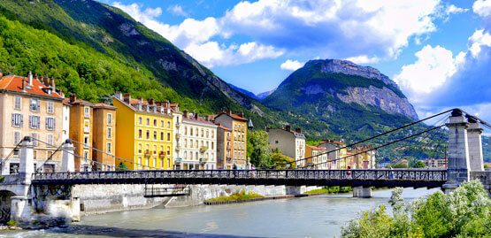 Cheap flights to Grenoble