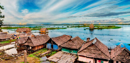Cheap flights to Iquitos