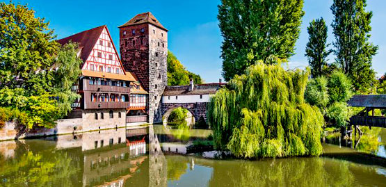 Cheap flights to Nuremberg