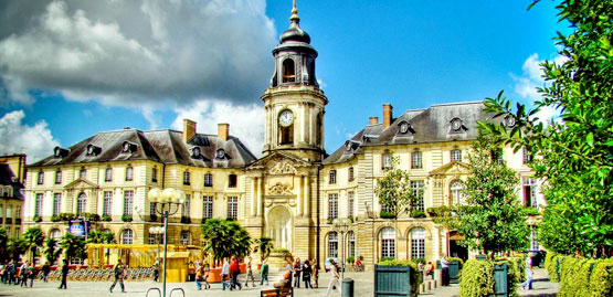 Cheap flights to Rennes